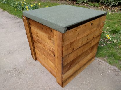 Compost-Bin-Single-Close-Boarded-w90cm-x-d90cm-x-h90cm-with-Lid-1-scaled